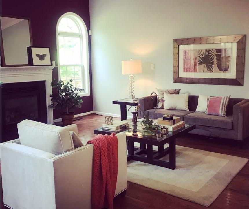 PO: Obývačka po stagingu - pripravené na predaj