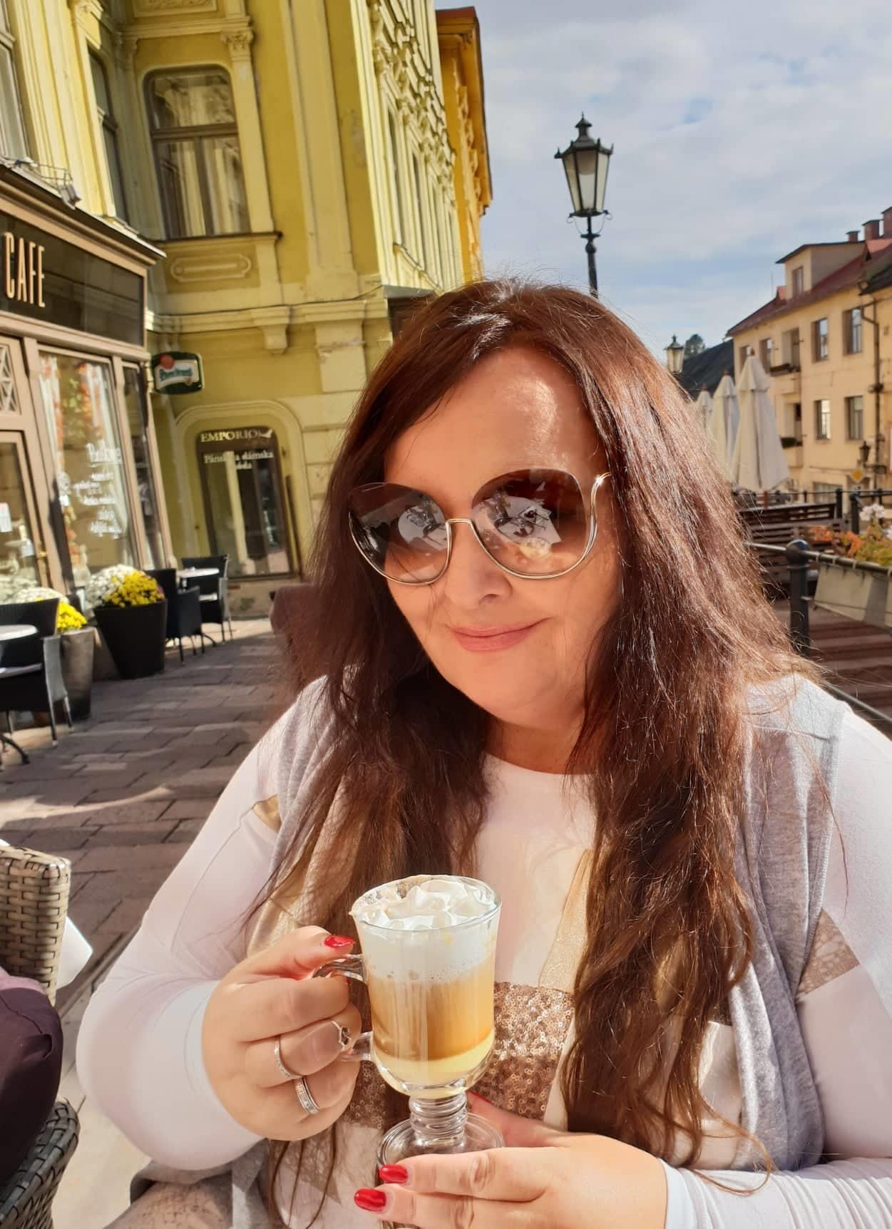 Renata Názlerová