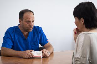 MUDr. Jozef Španka: AKO ELEGANTNE PRECHÁDZAŤ CEZ PRECHOD