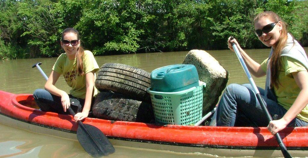 Chystá sa čistenie Malého Dunaja a vy môžete byť pritom - devy v akcii