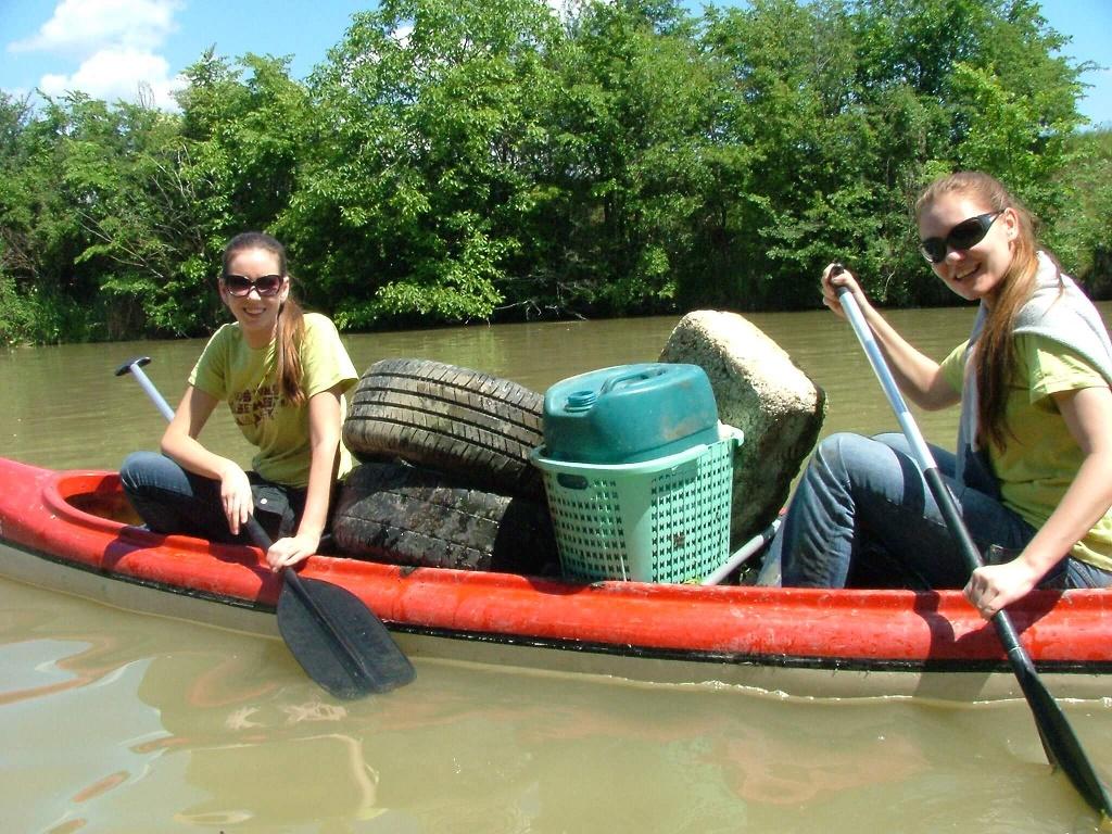Chystá sa čistenie Malého Dunaja a vy môžete byť pritom – devy v akcii