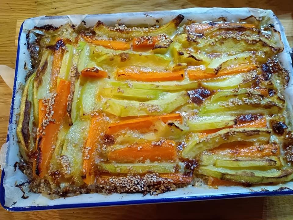 Cuketovo mrkvový slaný koláč