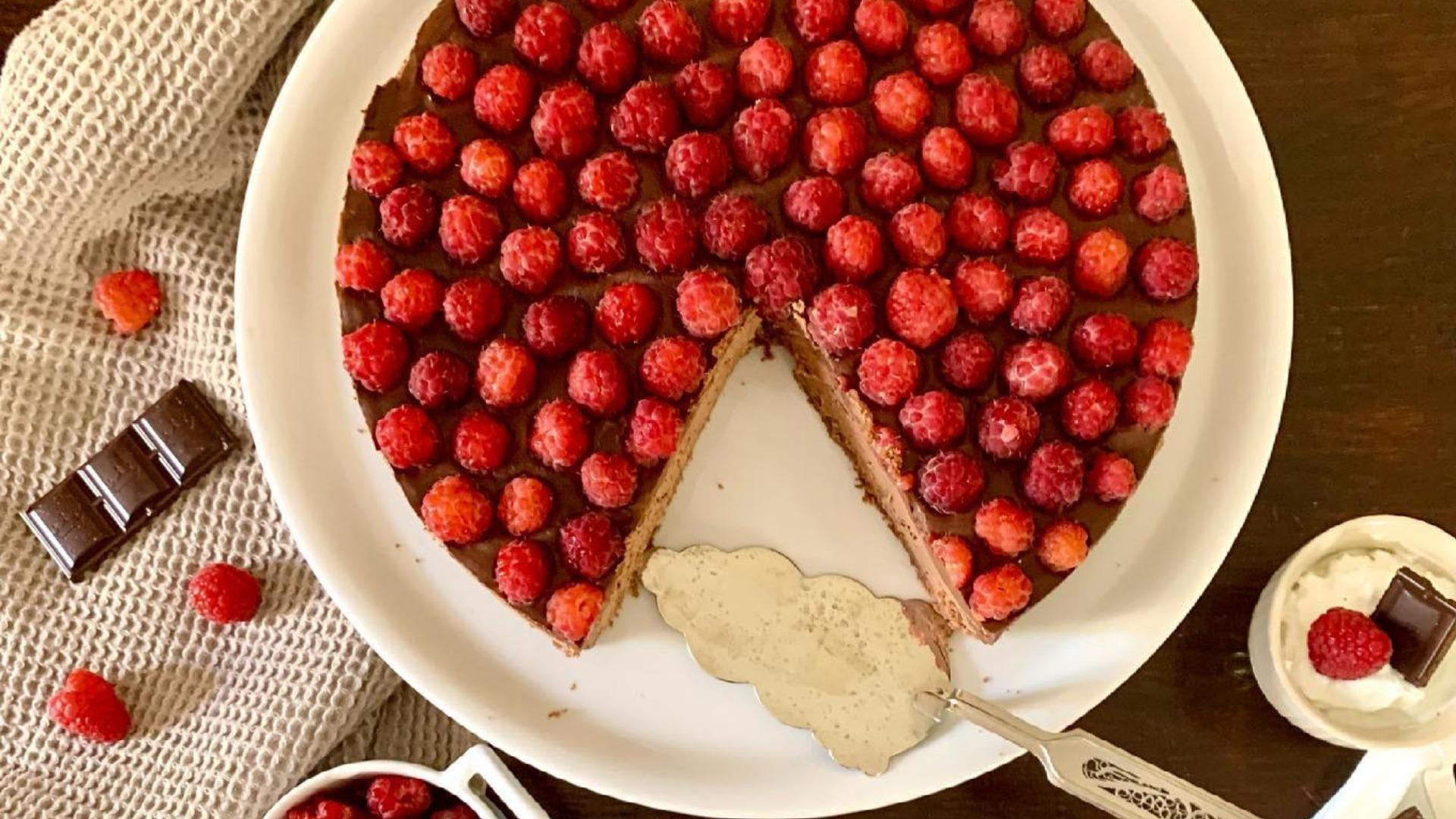 Malinová torta s čokoládou