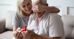 Čo darovať svojmu starému otcovi ksviatku